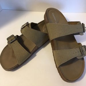 Madden Girl Tan Footbed Brando Sandals Size 9.5M